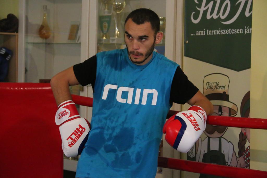 hogy a bokszolók gyorsan fogynak eső nemzetközi fogyás